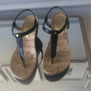 Chaps Raevyn Thong Wedge Sandals Size 8.5